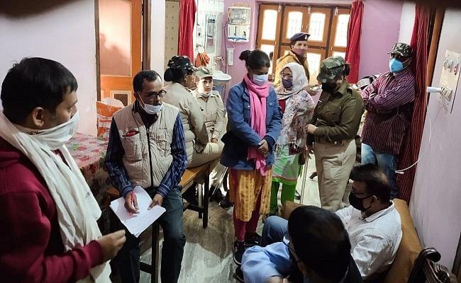 मुजफ्फरपुर में राजस्व कर्मचारी के घर पर विजिलेंस का छापा, हथियार बरामद, छापेमारी जारी