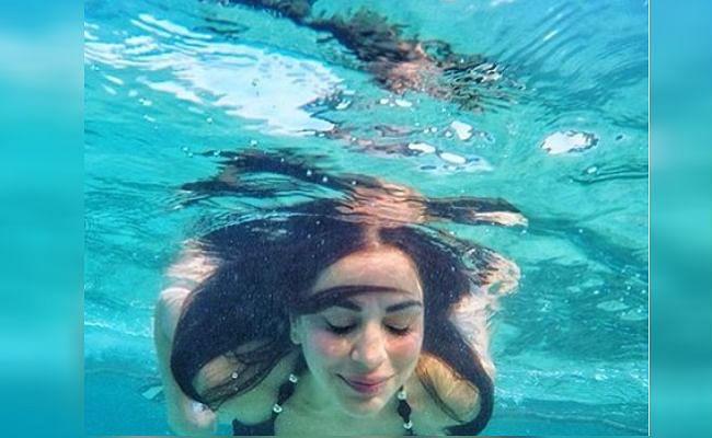 स्विमिंग पूल में डांस करती दिखी 'कुंडली भाग्य' की 'प्रीता', VIDEO देख फैंस कर रहे ऐसे कमेंट्स