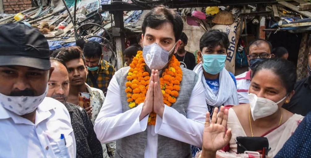 Bihar Election 2020: लव सिन्हा के पास पिता शत्रुघ्न सिन्हा की हार का बदला लेने का मौका, बीजेपी के गढ़ में शॉटगन के लाल को कड़ी चुनौती