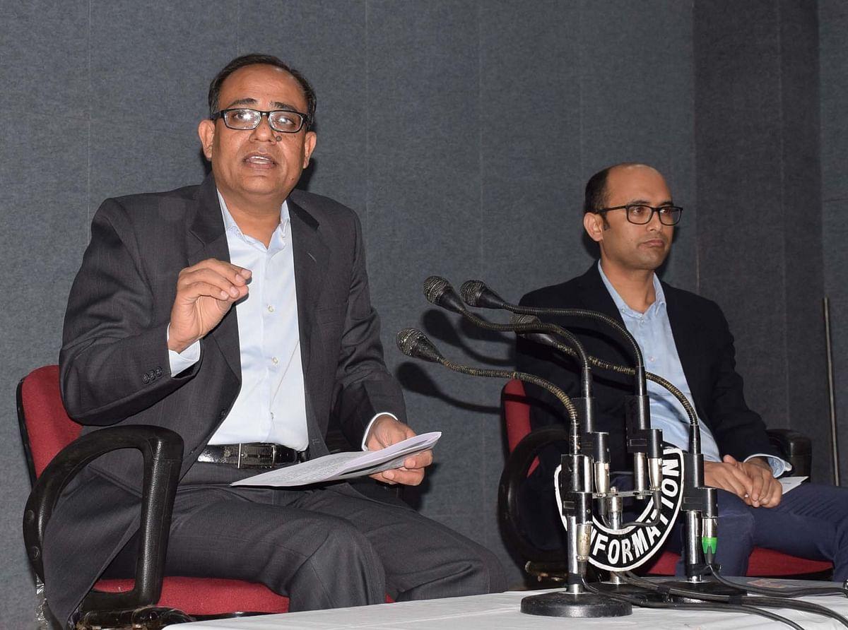 जम्मू कश्मीर के प्रिंसिपल सेक्रेटरी रोहित कंसल ने नए भूमि कानून पर ये कहा