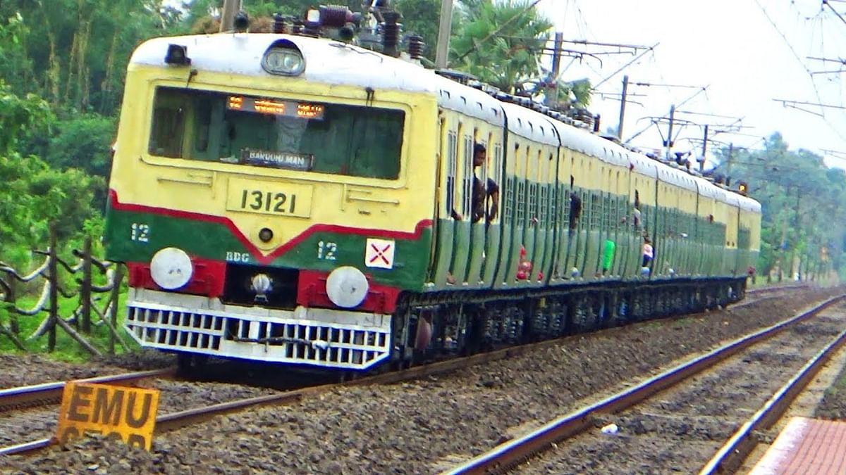 200 से ज्यादा लोकल ट्रेनें चलाने का आज हो सकता है एलान, इन मुद्दों पर रेलवे और सरकार के बीच बनी सहमति