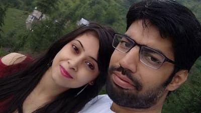 अर्णब गोस्वामी के रिपब्लिक टीवी से प्रभावित होकर उद्धव ठाकरे के खिलाफ ट्वीट करने वाले वकील को मिली जमानत
