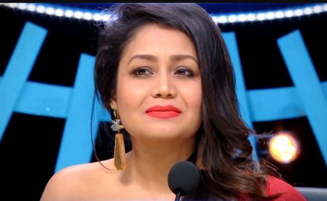 Indian Idol 12 : शादी के बाद नेहा कक्कड़ ने संभाली जज की कुर्सी, इस कंटेंस्टेंट को देख छलक पड़े आंसू, VIDEO