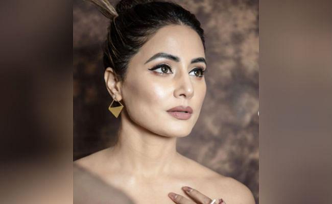PHOTOS : जब ट्रांसपेरेंट गाउन पहने हिना खान ने दिखाया था जलवा, 'तूफानी सीनियर' का बोल्ड अंदाज देख फैंस के उड़ गए थे होश