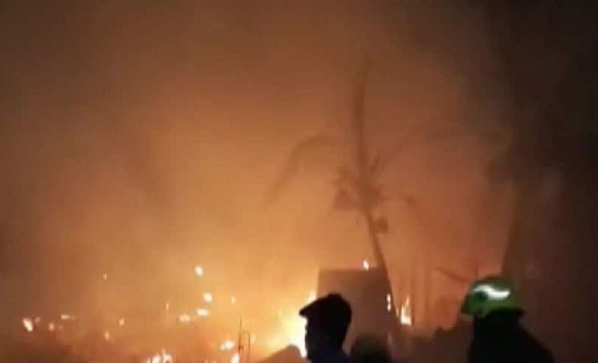 मालदा की प्लास्टिक फैक्ट्री में विस्फोट के दो दिन बाद लगी आग, बाल-बाल बचे फॉरेंसिक विशेषज्ञ