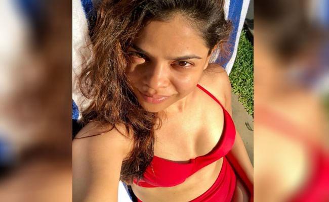The Kapil Sharma Show : कपिल शर्मा की 'भूरी' ने बिकिनी पहन फैंस के उड़ाए होश, सुमोना का ऐसा हॉट अवतार आपने नहीं देखा होगा