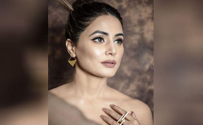 हिना खान ने बोल्ड लुक से मचाई हलचल, सोशल मीडिया पर 'तूफानी सीनियर' का हॉट अवतार वायरल