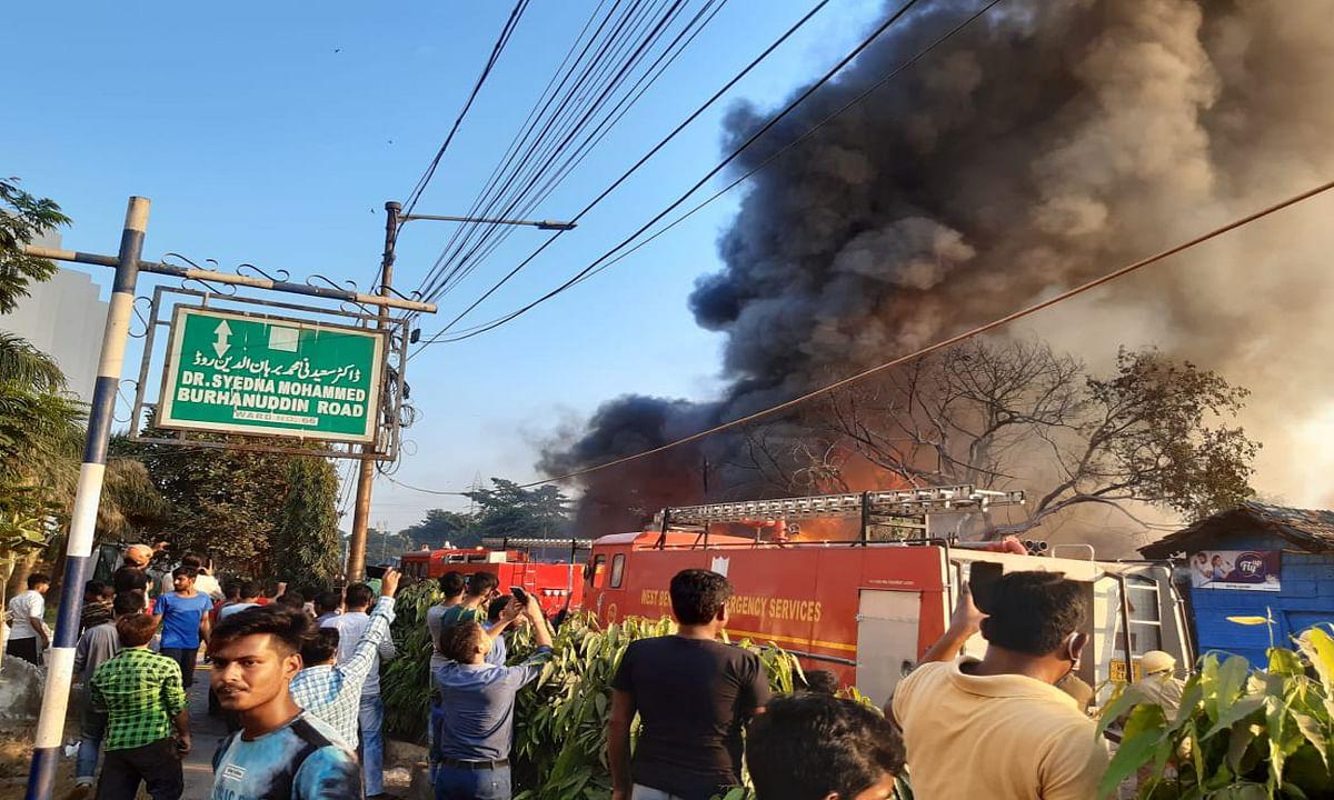 तपसिया बस्ती में लगी भीषण आग, 70 से ज्यादा झोपड़ियां जली, सीएम ममता सहित दमकल मंत्री ने लिया जायजा