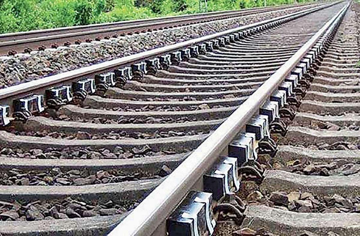 Indian Railways News/IRCTC: सिमडेगा, चतरा और खूंटी को रेल नेटवर्क से जोड़ने की तैयारी