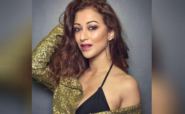 Taarak Mehta Ka Ooltah Chashmah : गजब की हॉट है तारक शो की 'अंजलि भाभी', एक्ट्रेस की इस बोल्ड तसवीर पर फिदा हुए फैंस