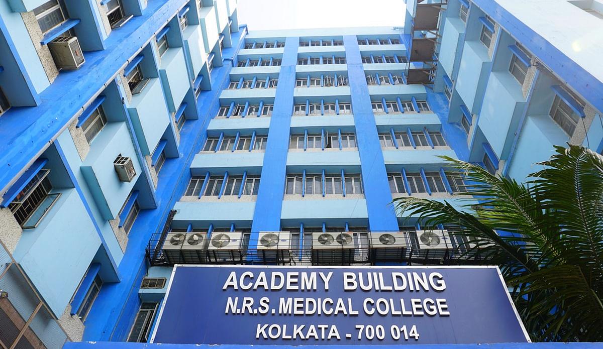 बंगाल में एक दिसंबर से शुरू होगी मेडिकल कॉलेजों में कक्षाएं, कोरोना से लड़ने के लिए 7.5 लाख परिवारों का सर्वे