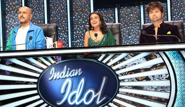 Indian Idol 12 : युवराज की आपबीती सुन भावुक हुए हिमेश रेशमिया, कभी सेट पर ही झाड़ू लगाते थे...