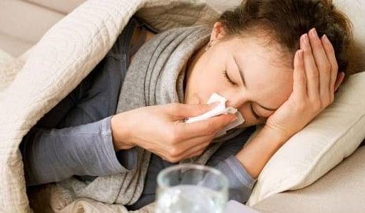 ठंड का असर : अस्पतालों में बढ़ने लगे सर्दी-खांसी के मरीज, इस बीमारी के मरीज बरतें सावधानियां