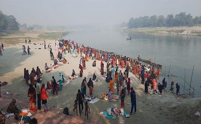 Kartik Purnima 2020 Date, Puja Vidhi, Muhurat : आज है कार्तिक पूर्णिमा, यहां जानें स्नान- दान करने का शुभ मुहूर्त और पूजन विधि...