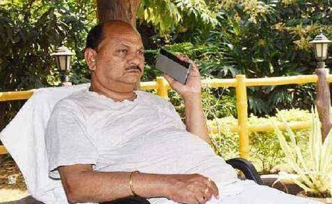 बिहार चुनाव 2020 : तीसरे चरण की तैयारी के बीच JDU ने MLC दिनेश कुमार सिंह को किया निलंबित, जानें वजह
