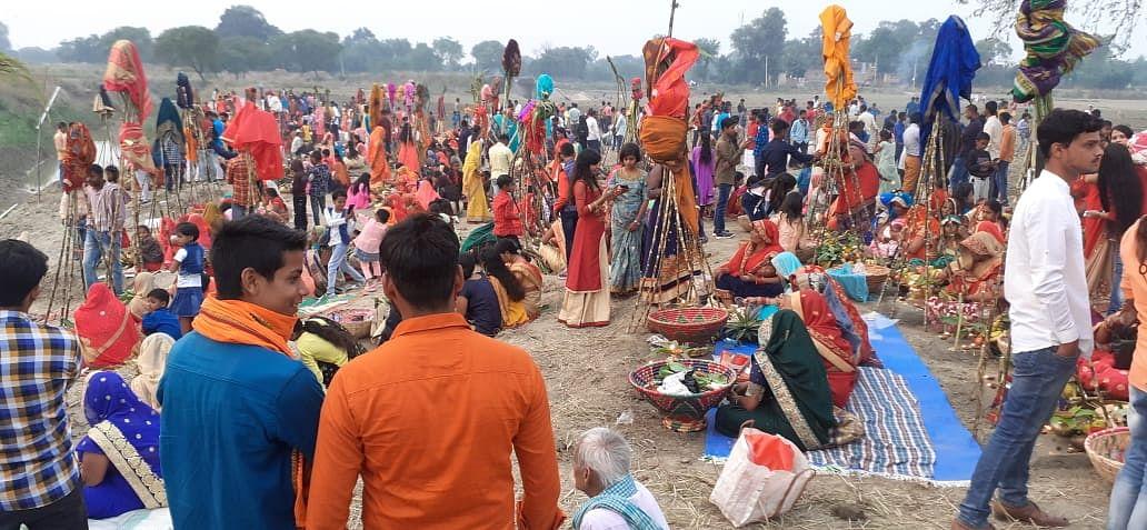 Chhath Puja 2020: बिहार में छठ की छठा, तसवीरों में देखें कोरोना काल में कैसे मनाया जा रहा है महापर्व