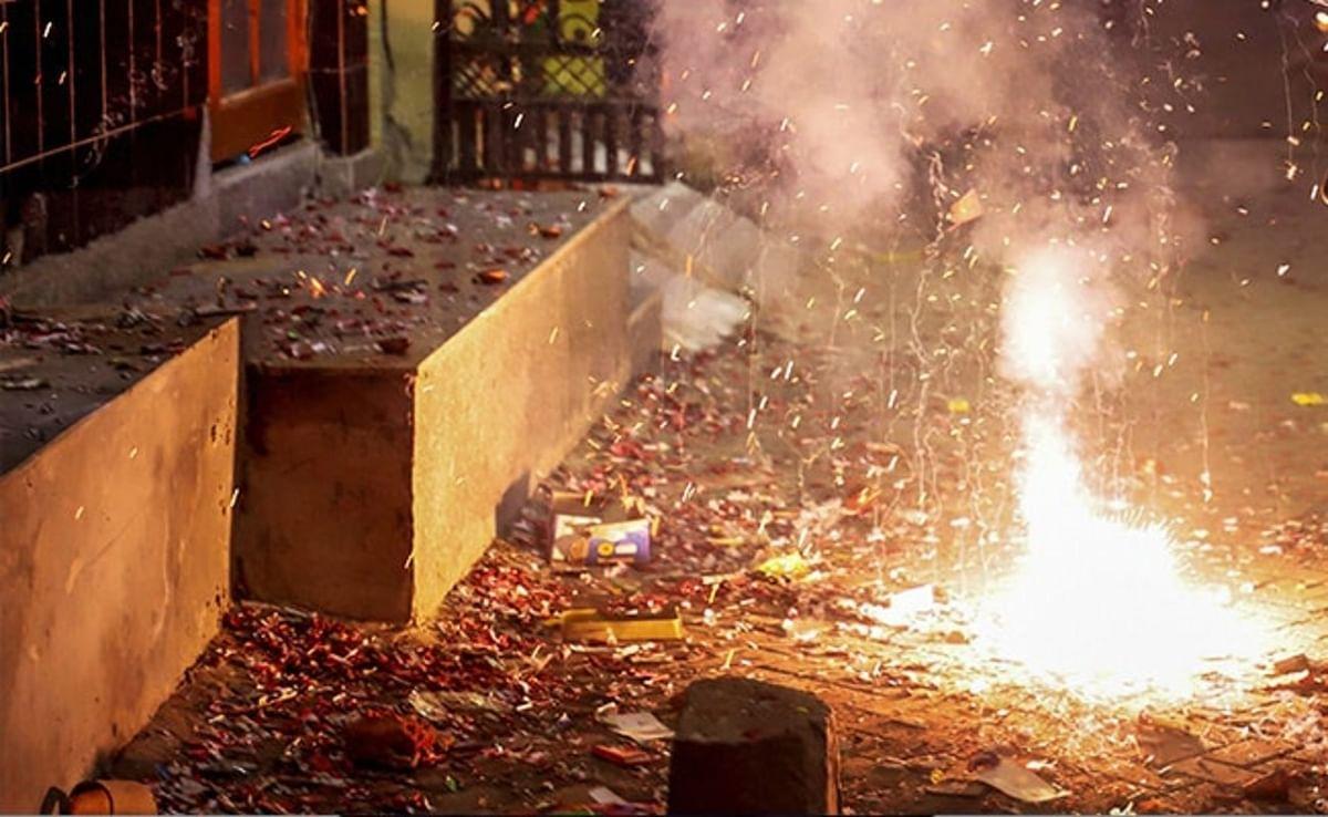 इस दिवाली पटाखों से करें परहेज, लॉकडाउन खत्म होते ही तीन गुना बढ़ा प्रदूषण, पटाखे और बढ़ायेंगे