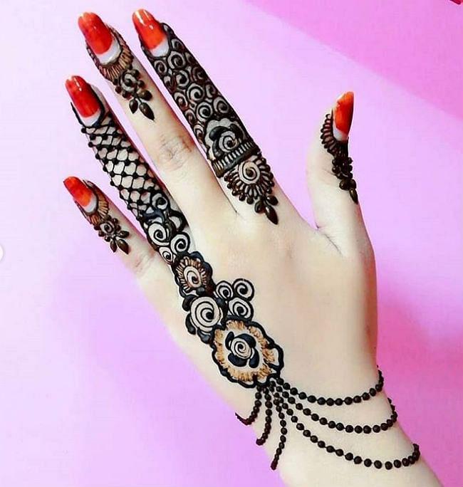karwa chauth mehndi design