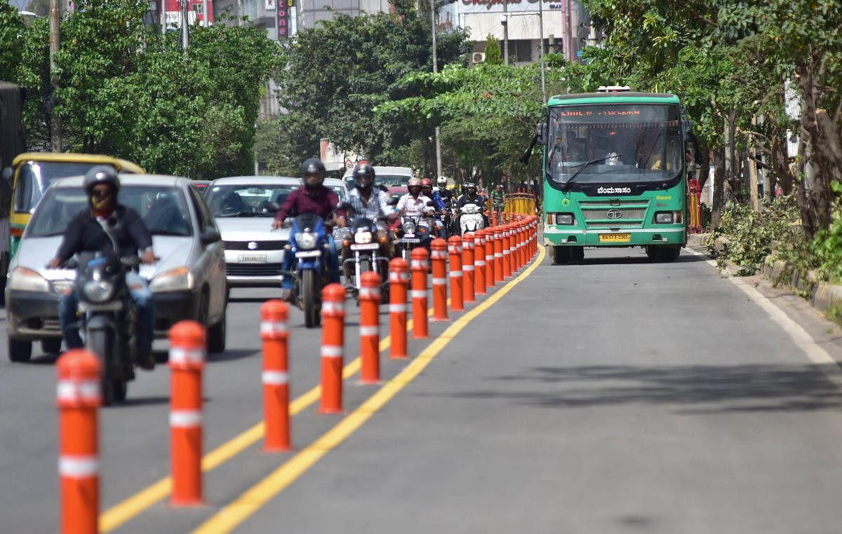 ALERT: कार और बाइक चलाने से जुड़े ये नियम बदल गए हैं, जानना है जरूरी वरना ड्राइविंग लाइसेंस हो सकता है रद्द
