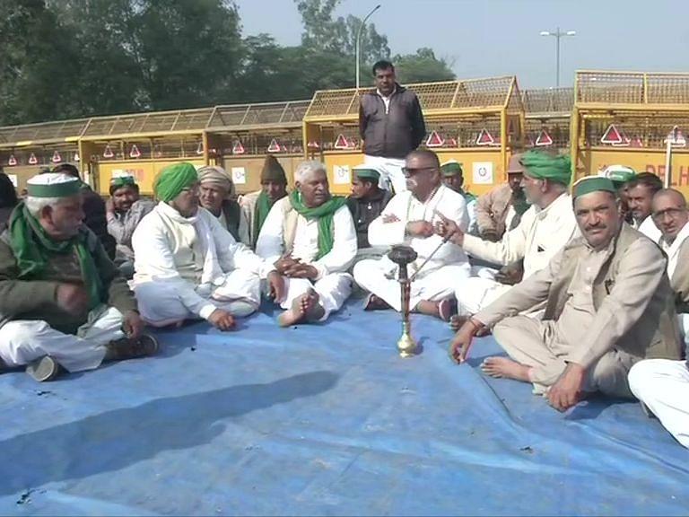 किसान आंदोलन: सिंघू बॉर्डर पहुंचे राजद नेता जंयत चौधरी, कहा- नेता के तौर पर आंदोलन में नहीं हो रहा शामिल