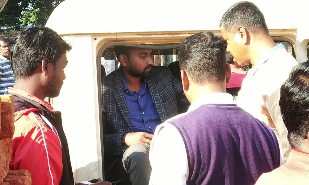 सीआईडी अफसर बनकर बिशुनपुर के झामुमो प्रखंड सचिव ने युवती से किया दुष्कर्म, 5 लाख की ठगी का भी आरोप