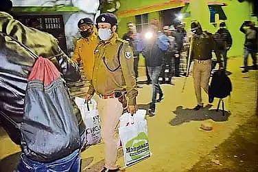 Bihar News: बिहार में दबोचे गए पाकिस्तान और अफगानिस्तान के पांच नागरिक, पहचान छुपाने के लिए कर रहे थे यह काम...