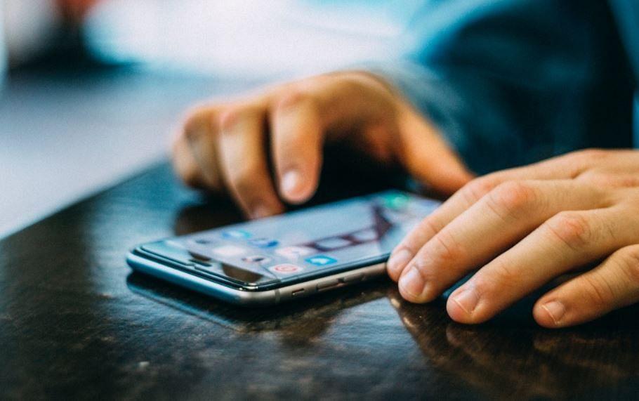 New Rules From January 2021 : कहीं आपका वॉट्सऐप तो नहीं हो गया बंद ? आज से बदल रहे हैं ये नियम, आपके जीवन में होगा बड़ा बदलाव, जानें…