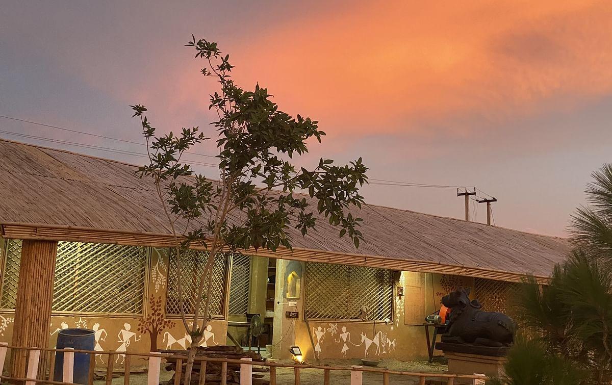 कवि कुमार विश्वास का अनोखा मकान, 'वैदिक प्लास्टर' से बनवाया अपने सपनों का आशियाना