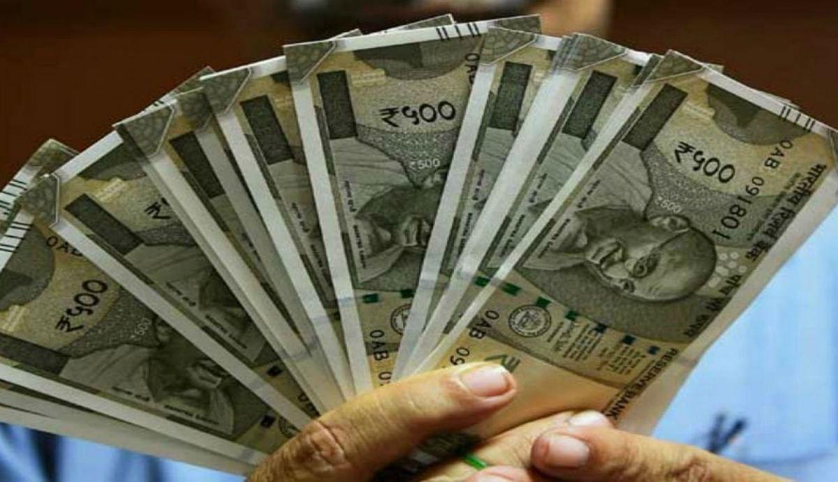 वित्त मंत्रालय आपको हर महीने कैश में देगा 1.3 लाख रुपये? जानें इस दावे का सच