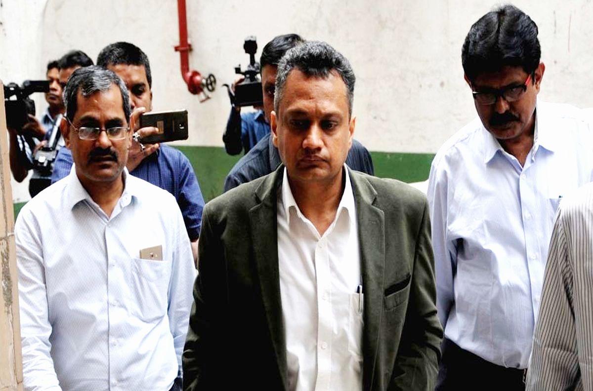 पश्चिम बंगाल समेत 5 राज्यों में विधानसभा चुनाव की तैयारियां शुरू, उप निर्वाचन आयुक्त सुदीप जैन तीन दिन के दौरे पर बंगाल पहुंचे