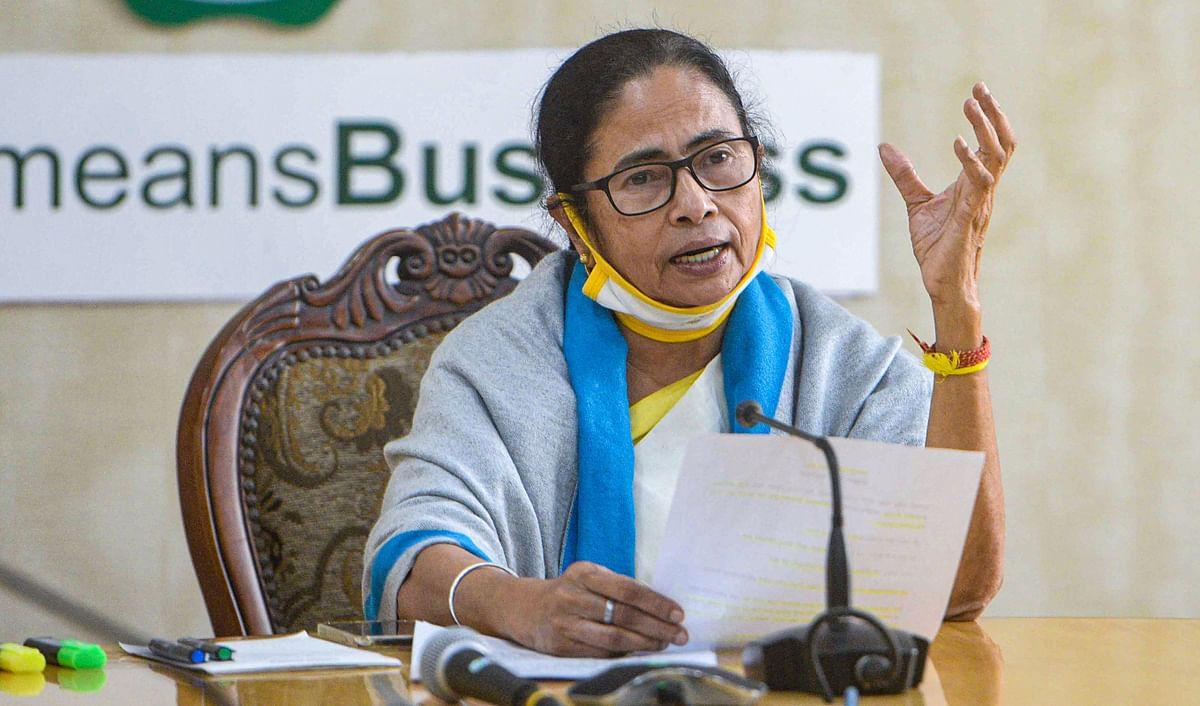 Bengal Chunav 2021: बंगाल में लागू नहीं हुई कई केंद्रीय योजनाएं, महिला वोटरों को इस बार कैसे अपने पाले में करेंगी ममता बनर्जी, In Depth रिपोर्ट