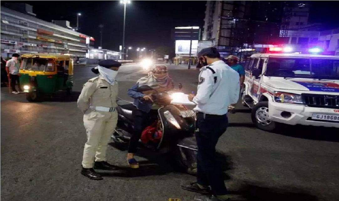 कर्नाटक में लगा नाइट कर्फ्यू, जारी नहीं होगा कोई पास, पकड़े गये तो कड़ी कार्रवाई, जानें बाकी राज्यों का हाल