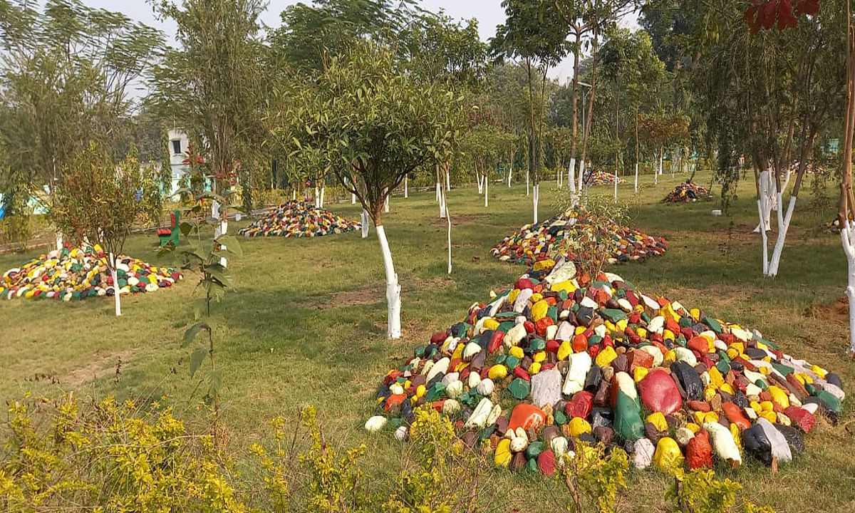 Jharkhand news : करीब साढ़े पांच लाख रुपये खर्च कर पार्क का हुआ सौंदर्यीकरण.