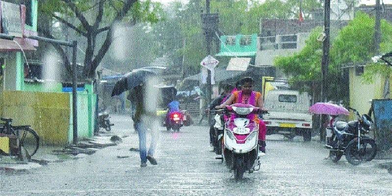 MP Weather Update: मध्यप्रदेश में कल से रहें सावधान, सर्दी के मौसम में बेमौसम बारिश से टेंशन का 'डबल डोज'