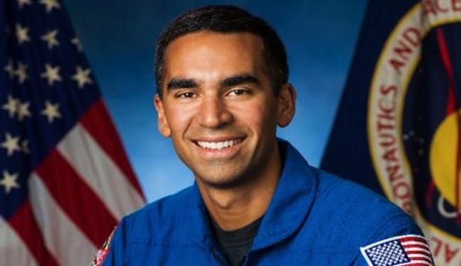 NASA के चंद्र मिशन 'आर्टमिस' के 18 सदस्यों में भारतीय मूल के राजा चारी शामिल, पहली बार चंद्रमा की सतह पर उतरेगी महिला