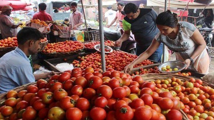 किसान आंदोलन के कारण दिल्ली में बढ़े सब्जियों के दाम, आपूर्ति प्रभावित