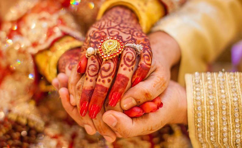 Marriage Astrology: किन ग्रहों के कारण शादी में आती हैं रुकावटें, जानें क्या कहता है ज्योतिष शास्त्र...