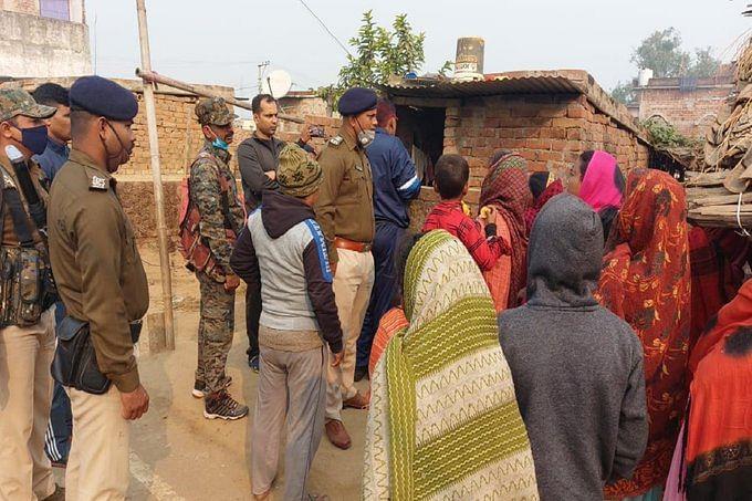 Bihar News: जमुई में पति ने टाइल्स कटर मशीन से पत्नी और 7 साल की बेटी को काटा, 4 साल के बेटे ऐसे बचायी अपनी जान