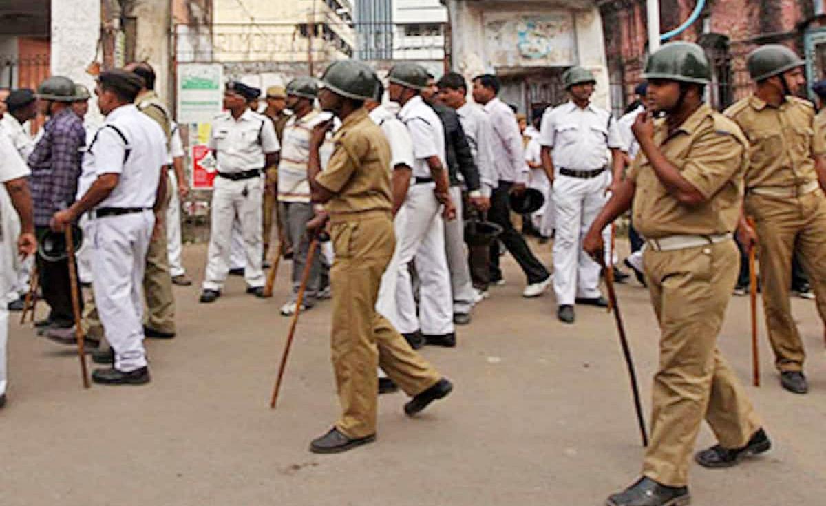 Happy New Year 2021: नये साल पर कोलकाता में सुरक्षा के पुख्ता इंतजाम, 5000 पुलिस फोर्स की होगी तैनाती