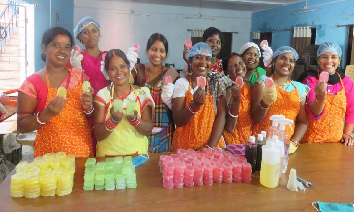 झारखंड में उत्पादक कंपनी के जरिये ग्रामीण महिलाओं की आमदनी में बढ़ोतरी का हो रहा प्रयास