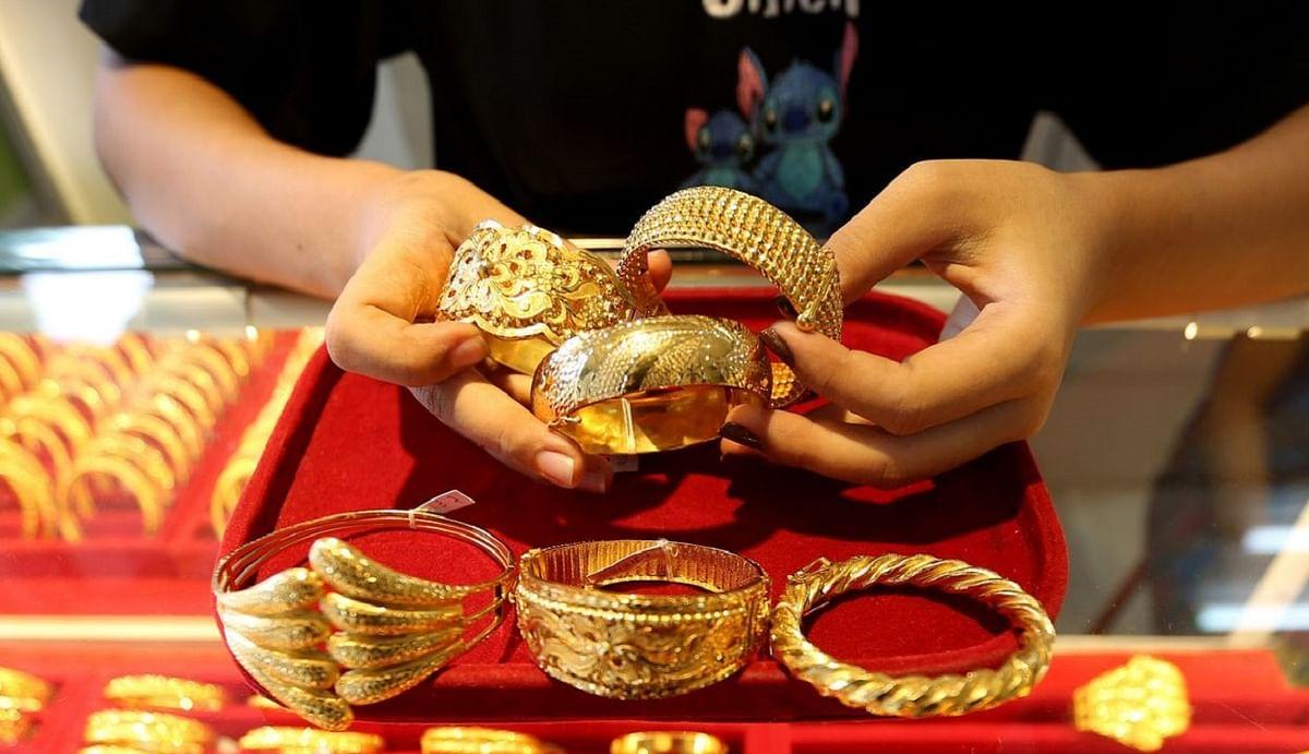 GOLD Hallmarking News: सोना खरीदने से पहले जान लें यह जरूरी बात, आज से नियमों में हुआ है बड़ा बदलाव