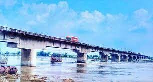 डुमरिया पुल की हालत का गडकरी ने लिया संज्ञान, अधूरे निर्माण पर मांगी पूरी रिपोर्ट