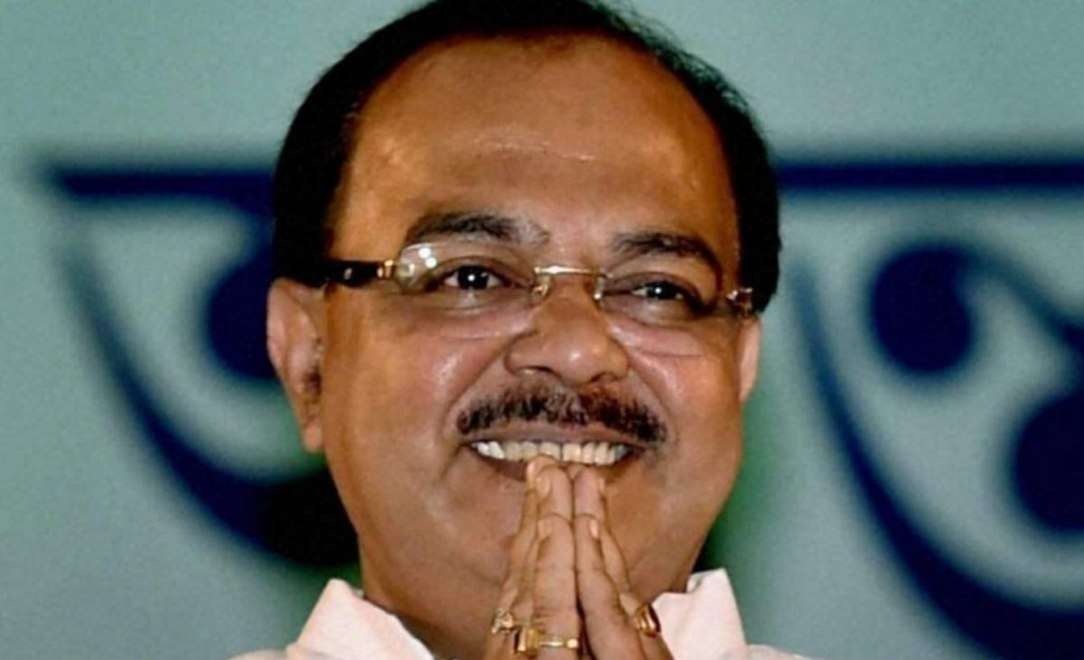 कोलकाता के पूर्व मेयर बोले- मैं कोई डकैत नहीं हूं, जो सीबीआई मुझे गिरफ्तार करने मेरे बेडरूम में घुस आयी