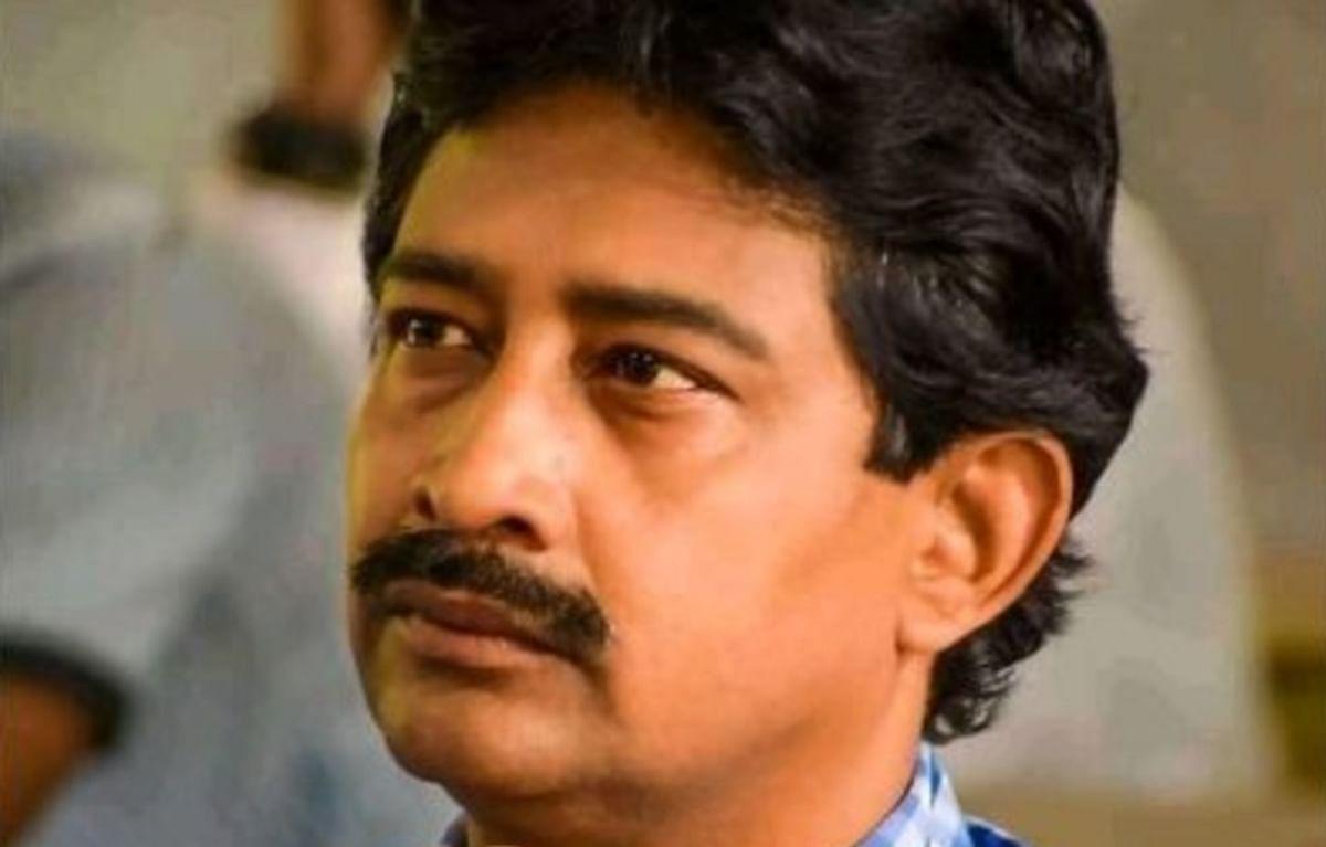 ममता बनर्जी को एक और झटका, वन मंत्री राजीव बनर्जी ने कैबिनेट से दिया इस्तीफा, गवर्नर ने किया स्वीकार