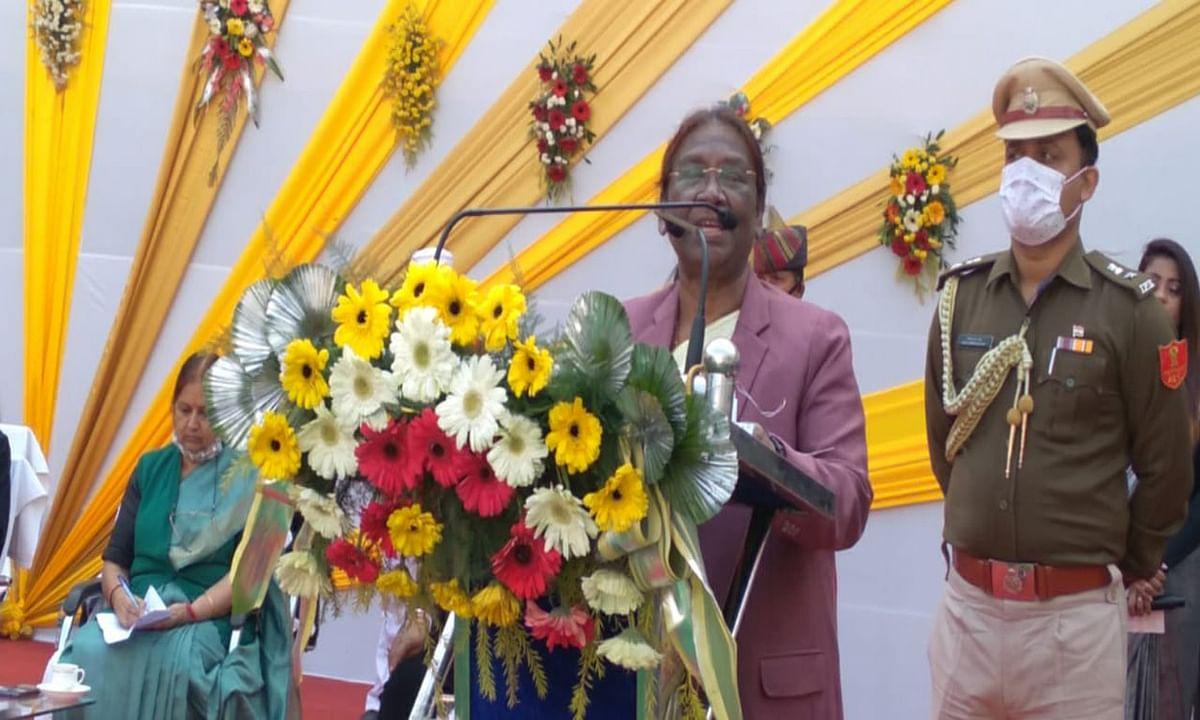 झारखंड की राज्यपाल द्रौपदी मुर्मू जॉब ओरिएंटेड कोर्स पर दी जोर, बोली- स्वावलंबी बनें महिलाएं