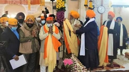 Prakash parv 2021: दशमेश पिता गुरु गोविंद सिंह जी के जयंती पर पटना साहिब पहुंचे CM नीतीश, गुरुद्वारे में टेका मत्था