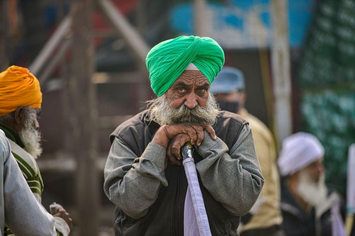 Delhi Violence LIVE Updates : कभी भी खत्म हो सकता है किसान आंदोलन ? गाजीपुर में धारा 144 लागू, भारी पुलिस बल तैनात