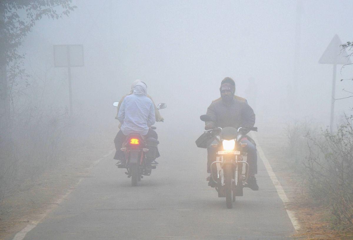 Weather Forecast Today LIVE Update : झारखंड में होगी बारिश,शीतलहर के कारण ठंड बढ़ने के आसार, जानें दिल्ली-यूपी-बिहार सहित देश के अन्य राज्यों का हाल