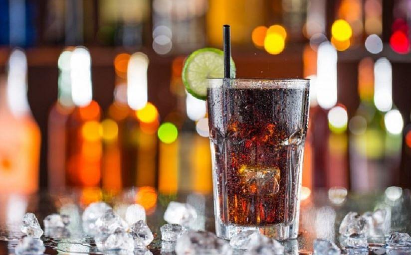 जब 5 सेकेंड में गायब हो जाएगी Cold Drink की बोतल, आप भी दोस्तों के बीच आजमा सकते हैं ऐसी Trick