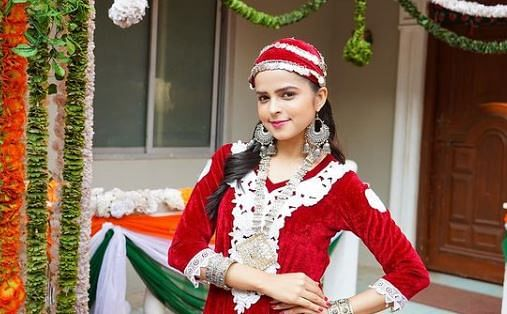 Taarak Mehta Ka Ooltah Chashmah : भिड़े की बेटी 'सोनू' ने कश्मीरी लुक से फैंस को बनाया दीवाना, बोले- 'ये वाली गुलाबो टप्पू...'